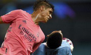 Varane mempelajari pertahanan Man Utd