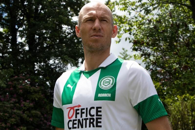 Robben pensiun untuk kedua kalinya