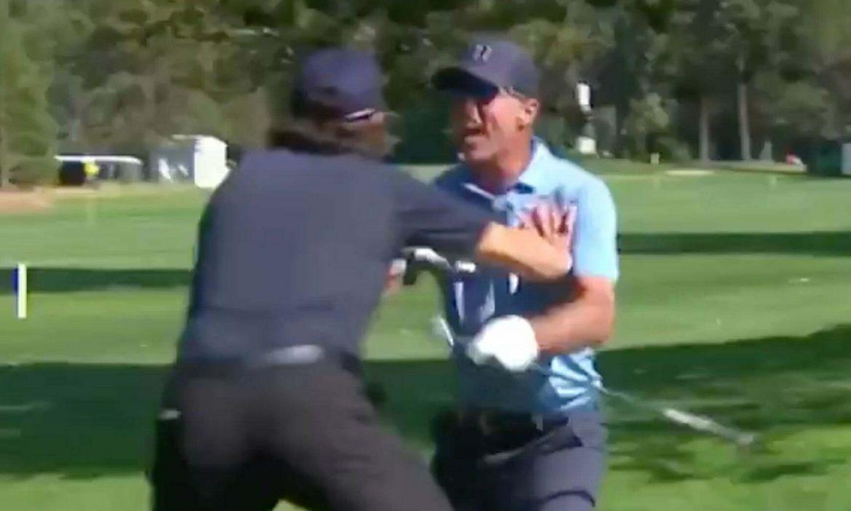 Pemain hoki Amerika mencetak skor golf langka
