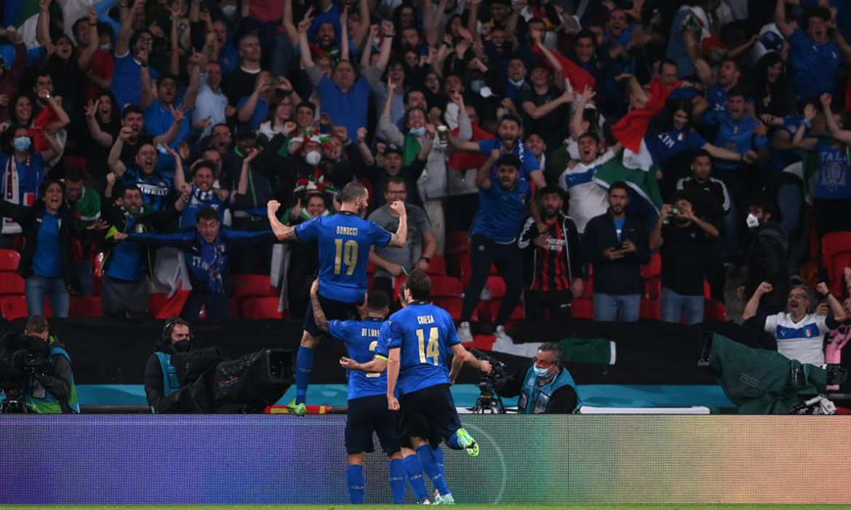 LANGSUNG Inggris 1-0 Italia