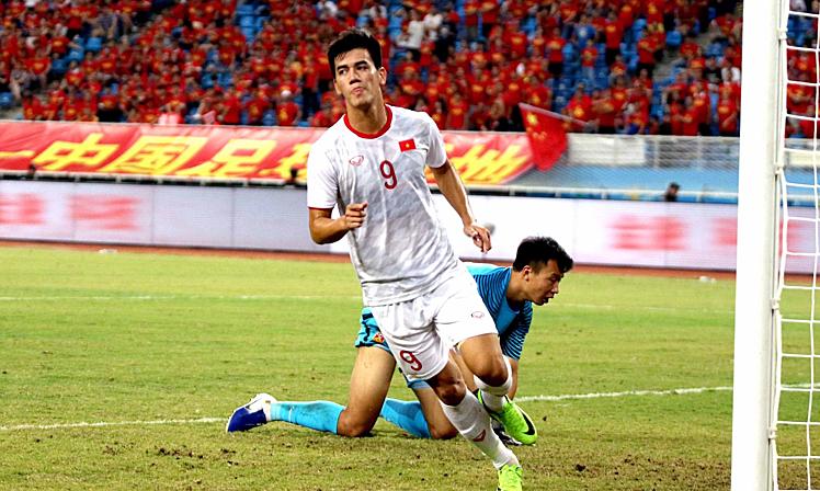 Vietnam dan China di babak kualifikasi ketiga Piala Dunia