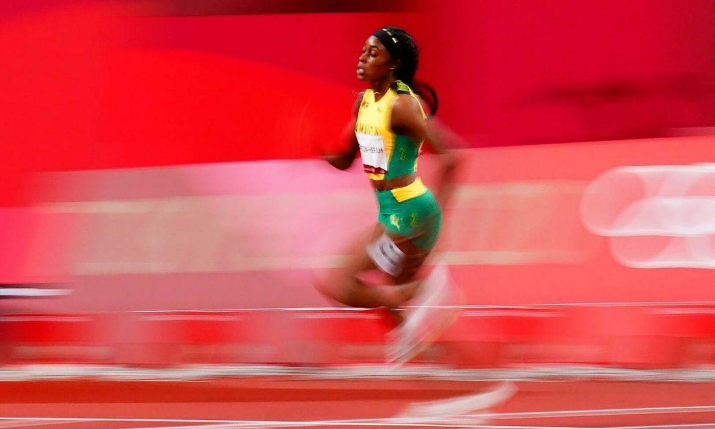 Ratu kecepatan Jamaika memenangkan medali emas 200m