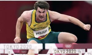 Pelari Australia merobohkan enam rintangan berturut-turut